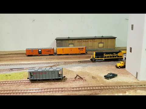 N scale Model Railroad - test run