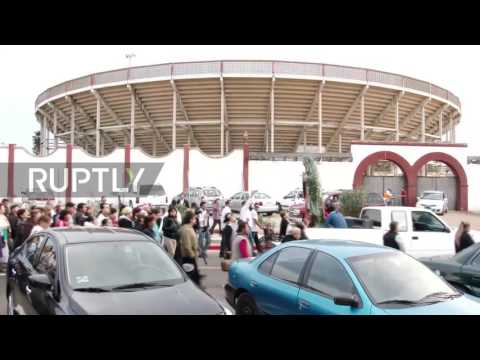 Mexico: Worshippers bring Virgin of Guadalupe to Trump's planned wall