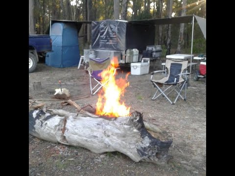 BEST CAMPSITE  IDEAS - Create shade with tarp awnings