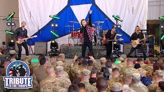 Morgan Wallen Performs Whiskey Glasses Wwe Tribute To The Troops 2018