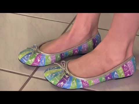 CANDY WRAPPER SHOES - Starburst Ballet Flats with Decoupage - How To| SoCraftastic