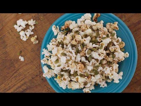 Sunny Anderson's Pumpkin Spice Popcorn