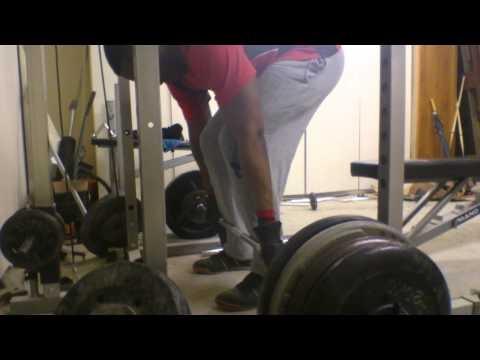 Deadlifts with standard weight plates