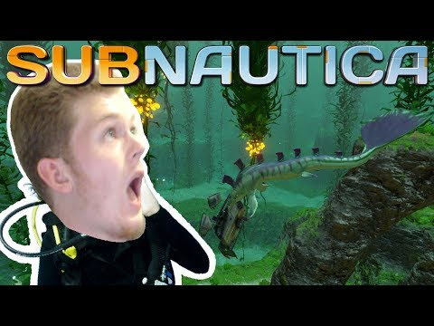 EVERYTHING IS TRYING TO KILL ME! | Subnautica #1