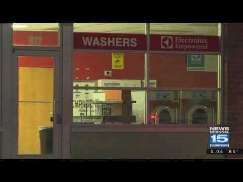 Robber hits downtown laundromat