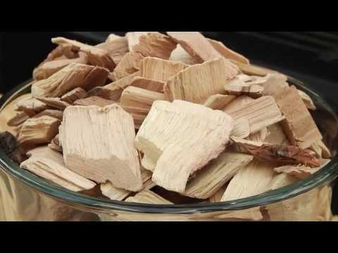 How to Use Wood Chips or Chunks