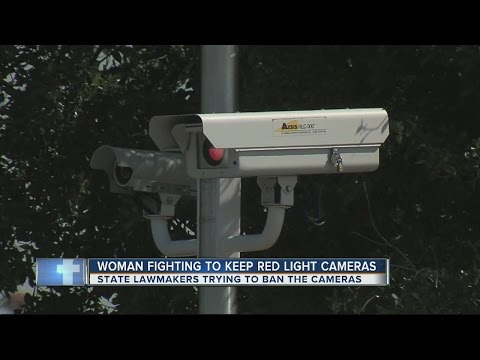 Bill aims to ban red light cameras in Florida