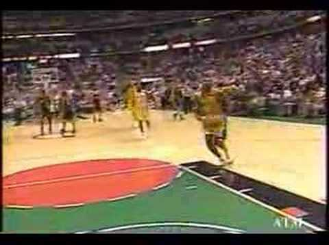 Kobe Bryant wearing Air Jordan XI Concords