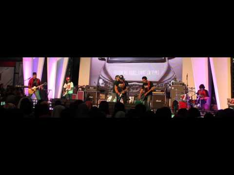 Everlong - Pemuja Rahasia [Live Perform]