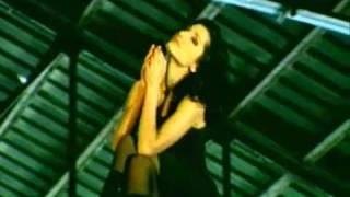 Despina Vandi - Den Pethenei I Agapi [Official Video]