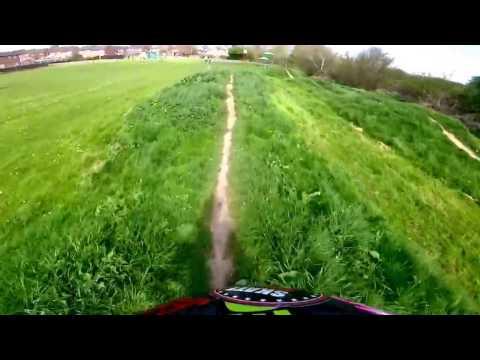 Mini bmx Pump Track !