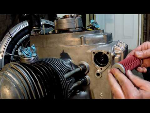 BMW R75/5 Oil Filter Change (Engine Out)