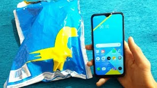 Realme C2 Retail Unit Unboxing In Hindi Rs.5,999 - Very Nice Phone