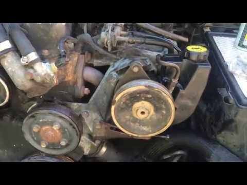 (Wrangler/Cherokee) QUICK How To Adjust Serpentine belt AND Remove Power Steering Pully