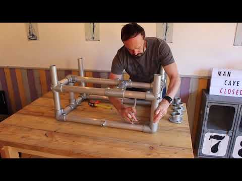 How to make a Scaffold Table with a Pallet Wood Top