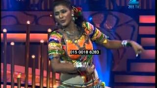 Choreographer Radhika das performing on womaniya