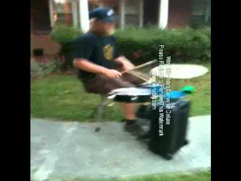 Relacksachian, Suitcase Drum Set