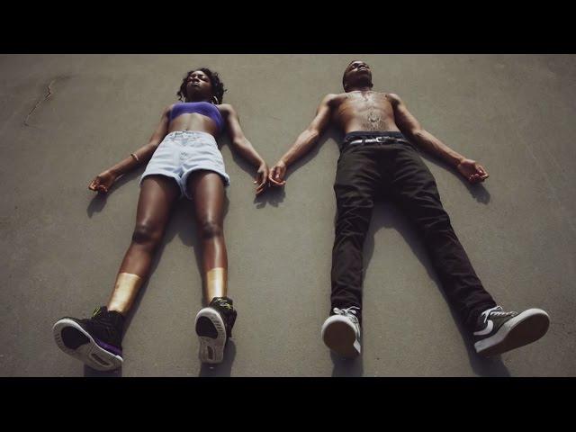 Clean Bandit - A E (feat. Kandaka Moore & Nikki Cislyn)