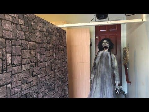 Haunted house build 2017 part 6 (backdrops and animatronics)