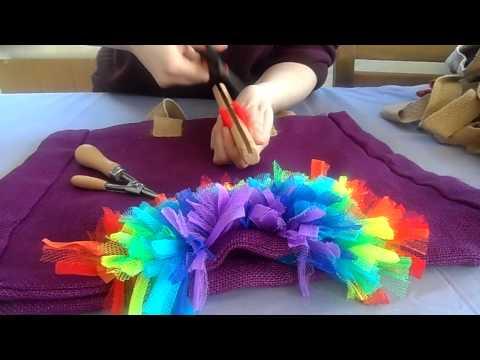 Using a rag rugger on hessian bags