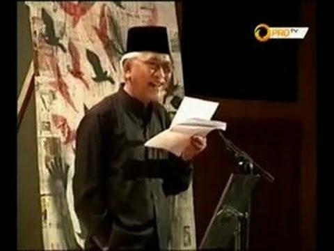"""Puisi Mustofa Bisri: """"Negeri Ha ha.. Hi hi.."""""""