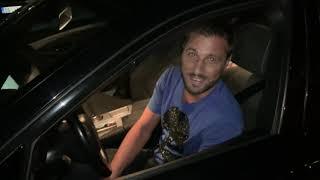 Luna i Marko u njegovom novom automobilu koji je nazvao
