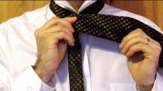 How To Tie A Tie Simple Method