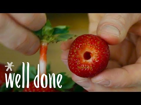 How To Hull Strawberries With A Straw | Food Hacks | Well Done