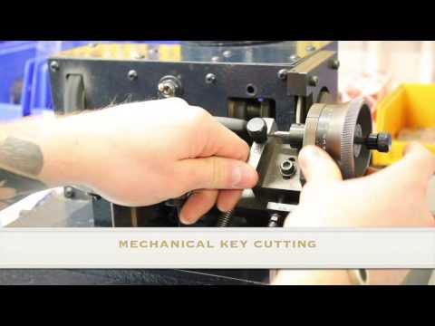 Ford Vehicle Key Programming Demonstration
