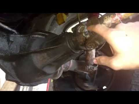 Fixing A Broken U Joint On The '81 Chevy K20