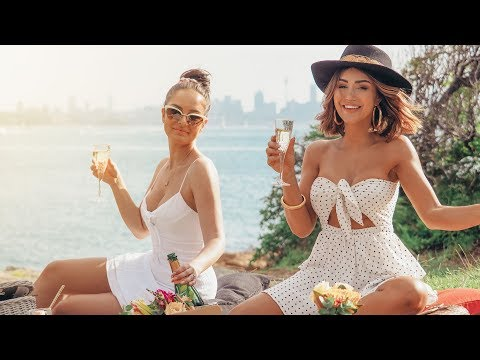 HOW TO THROW THE PERFECT PICNIC (w/ CHLOE MORELLO & SEBA MECHA)