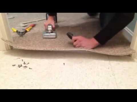 How to install a carpet transition trim piece