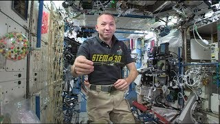 """Live Downlink with the International Space Station & Astronaut Randy """"Komrade"""" Bresnik - STEM in 30"""
