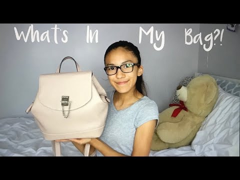 What's In My Bag?!