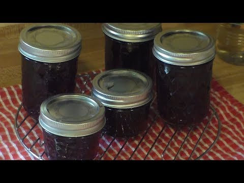 Canning Homemade Strawberry Syrup