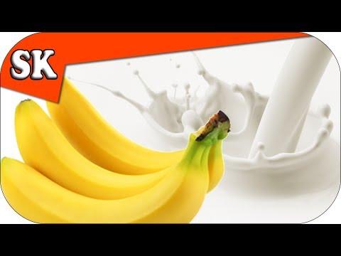 THE WORLDS BEST BANANA MILKSHAKE - Smoothie Tuesday 028