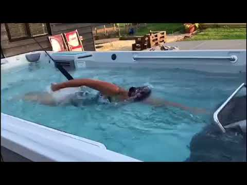 E500 Endless Pools Review from LBW Actress