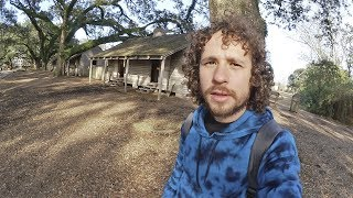 Explorando el interior de un campo de esclavos...