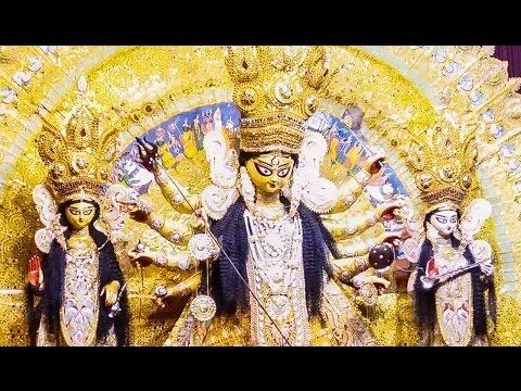 Durga Puja 2016 - Maddox Square durga puja on Panchami evening