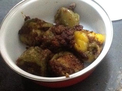 Spicy Stuffed Capsicum Curry