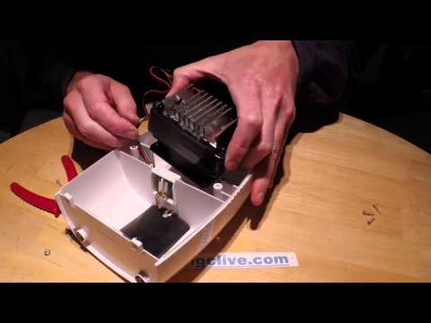 Mini peltier dehumidifier teardown.