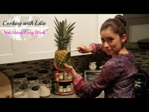 How to Cut a Pineapple - Easy Ways to Cut a Pineapple - 2 Ways to Cut a Pineapple With No Gadgets