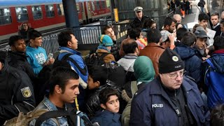 Refugee Crisis: Denmark passes law to seize valuables from asylum seekers