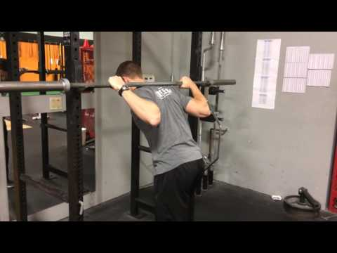 Does the barbell hurt your neck or upper back when you squat?