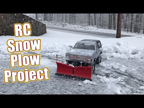 Snow Plow Your Driveway With An RC Truck - RC4WD Super Duty V Snow Plow Install | RC Driver