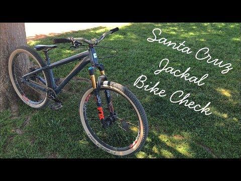 Santa Cruz Jackal - Dirt Jumper Bike Check