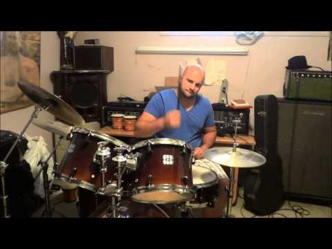 3 EASY Drum Beats That Beginner Drummers Should Learn How To Play