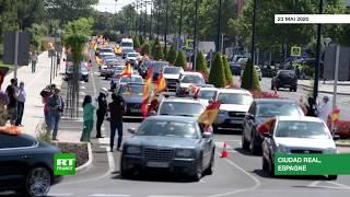 Espagne : des centaines de personnes rejoignent en voiture une manifestation antigouvernementale