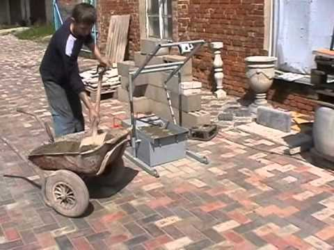 Concrete Blocks Machine BLOX-2 MINI - DIY (Do It Yourself) - Homemade from drawings.
