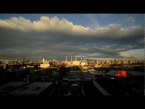 Ramada Long Island City - sunrise view over Manhattan time-lapse